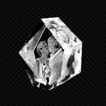Bloc de verre Iceberg 3D 13cm