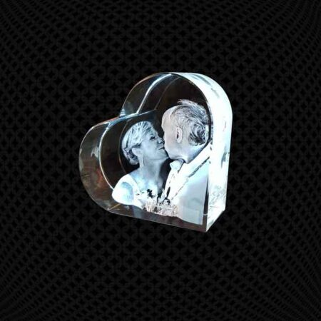 Bloc de verre en coeur 3D 10cm